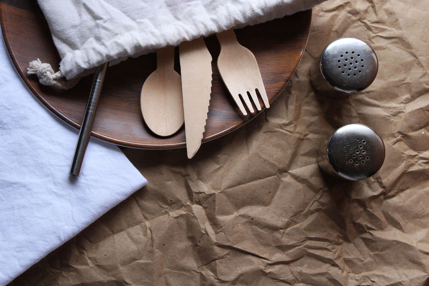 Sustainable resources lunch Food And Drink Lunch Natural Sustainable Living Wood Above Close-up Cloth Conservation Eating Utensil High Angle View Household Equipment Indoors  Kitchen Utensil No People Pack A Lunch Paper Recycle Simple Steel Still Life Studio Shot Sustainable Resources Table Zero Waste