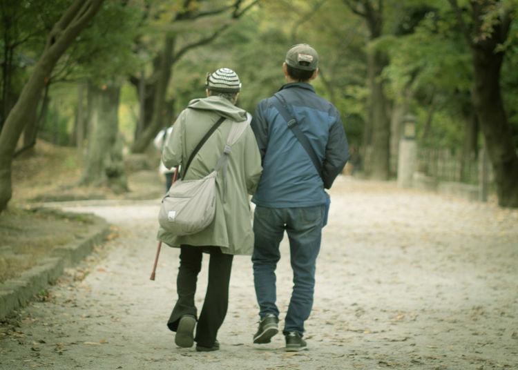 ご近所散歩 Park Olympus Olympus Om-d E-m10 EyeEm Takumar EyeEm Best Shots Oldlens Walk Men Women Holding Hands Arm In Arm
