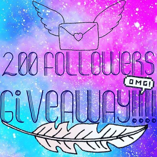HOORAY!! I REACHED 200 FOLLOWERS TODAY!!! I know that isn't a big deal, but I guess I'm lame! I decided to do a giveaway! For the giveaway I'll be giving one of my pieces of art away! I'll be choosing the winner at random! The rules for the giveaway are • YOU MUST BE AN ACTIVE FOLLOWER • LIKE THIS PICTURE • REPOST THIS PICTURE WITH THE HASTAG Aly_washere • CONUS ONLY •I'LL BE CHOOSING THE WINNER DECEMBER 19TH 2015!!!! Giveaway 200followers 200follows Artgiveaway Artgiveaways Artgiveaway2015 Art Artist Giveawaycontest 200followergiveaway