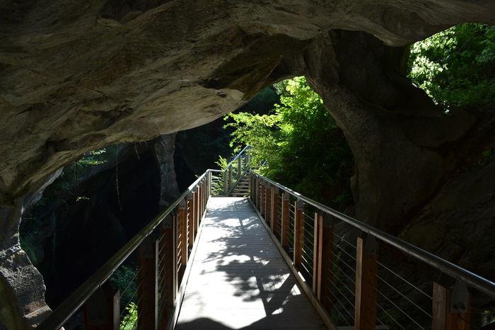 #bridge #caves #italy #underground Beauty In Nature Bridge - Man Made Structure Footbridge Mountain