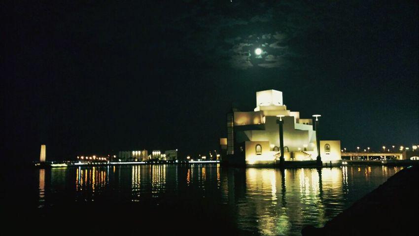 Doha Nightphotography Moonlight I ❤ Qatar