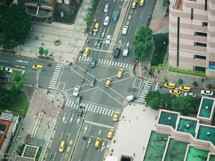 Street Road High Angle View City Street City Life Transportation Canon Canonphotography Taiwan Canonae1program AE1-P Film Film Photography FujicolorC200 Paint The Town Yellow