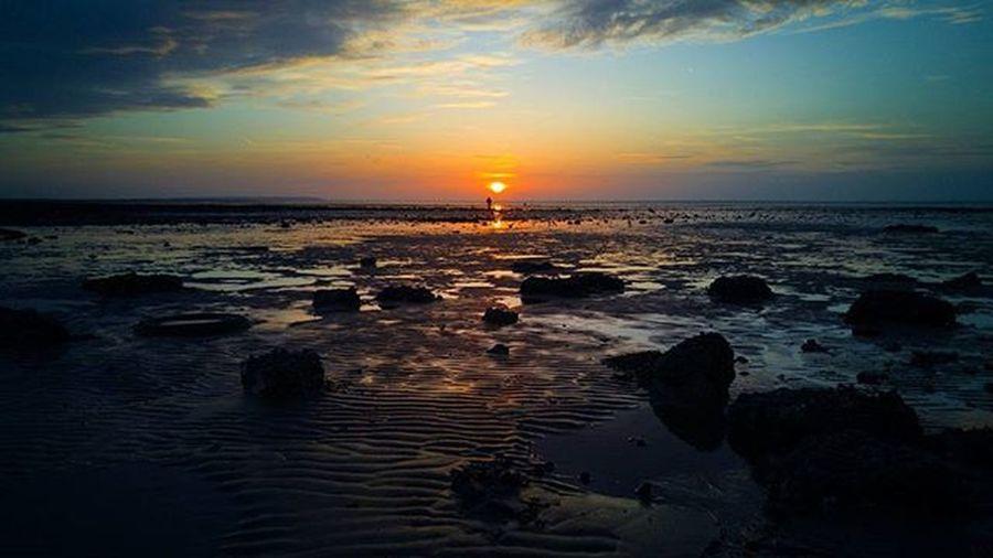 🌇 🌆 @lg_uk @lgmobileglobal LGG4 LGambassador Sunset Sunrise Sun TagFire Pretty Beautiful Red Orange Pink Sky Skyporn Cloudporn Nature Clouds Horizon Photooftheday Instagood Gorgeous Warm View Night Morning Silhouette instasky all_sunsets TFers @TagfireApp