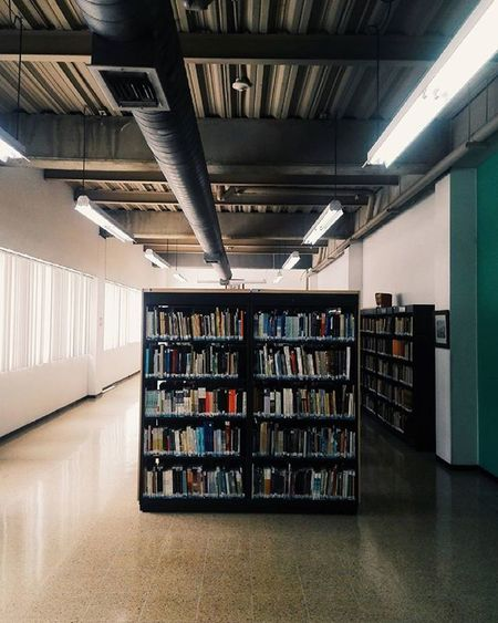 I think...Thelibrary Thespace Ithink Bibliotecadepartamental Read Books MyTIME Relaxing Cali Colombia Huaweicolombia Huaweip7 Vscocam Todayistheday