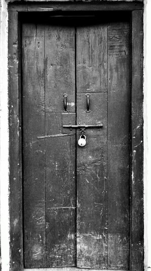 Door Wood - Material Lock Indianphotographer Photosfromindia EyeEmNewHere EyeEm Vision Mobilephoto Indiapictures Publish Magazine Lenovovibeshot Abstract Abstract Photography