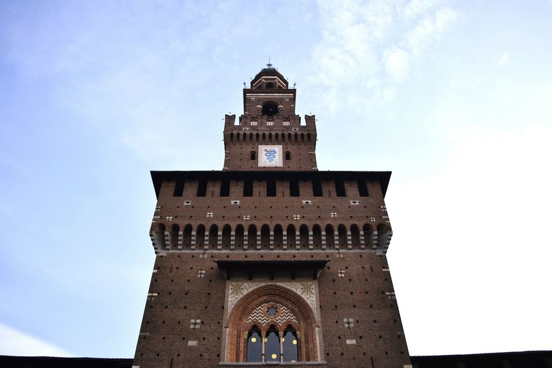 Simmetria Tower Torre Milano Milan Storia History Historical Building Simmetry