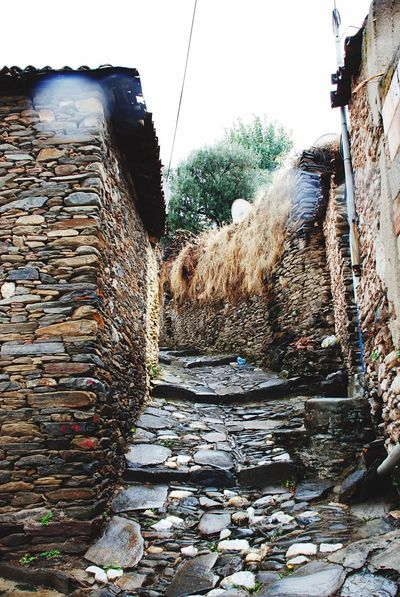 Stone House Paved Road Paved Path Pavedstreet Narrow Street İzmir Tire Türkiye Turkey Streetphotography Street Photography Travel Travel Photography