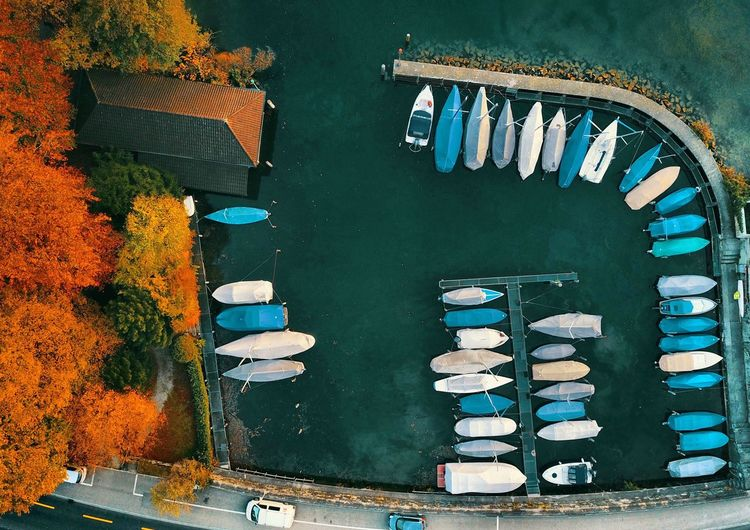 Zürichsee Zürich Swiss Zürich ♤♡◇♧ Swiss Fame Live Droneshot Drone Moments Dronephotography Boot Awesome Schweiz Zürich Meilen Awesome Lovethisplace Lovethispicture High Angle View No People Autumn Directly Above Day Outdoors Architecture