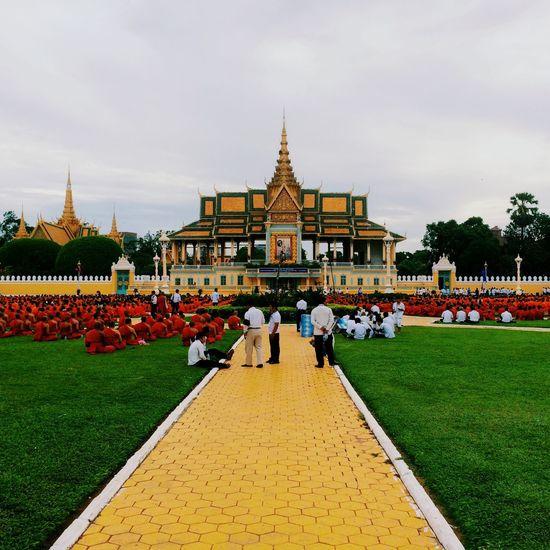 Phnom penh, cambodia Phnom Penh Cambodia Munks Oriental Royal Palace