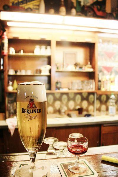 Berlin Berliner Bier Gläser Kirsch KNEIPE Likör Prenzlauerberg
