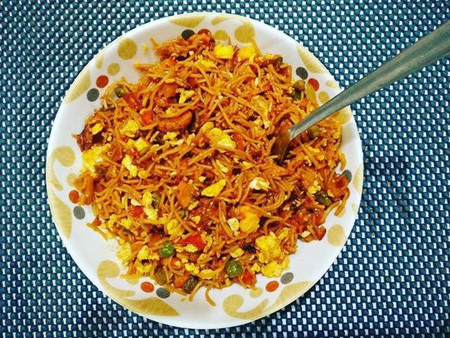 Noodle Noodles Chowmein Eggs Corn GrEenpeas Seekhkebab Foodlover Instafood Instapic Foodgasm Foodaholic Homecooked Foodstagram Foodpics Foodphotography