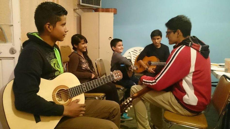 Guitar Lessons Mi Niño Mi Habib