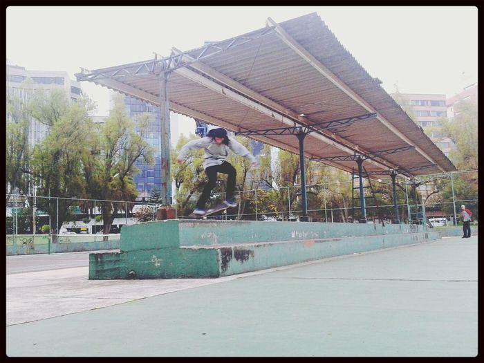 Pancho Moscoso Skateboarding Vidasurskateboards DCShoes Idol