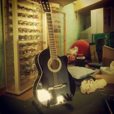 Nou joguet Guitarra Capricho