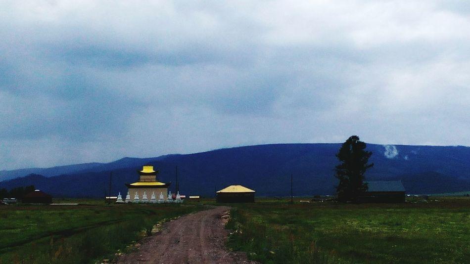 Boring Times Nuture деревня Flowers Beauty In Nature Green Nature Yellow Color Road Бурятия Naturelovers Nature Buryatia, Russia, Ulan-Ude ASIA