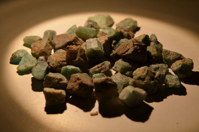 Emerald Unpolished Smaragd Green Precious Stones No People Emeraldgreen Smaragd Close-up Emerald Full Frame