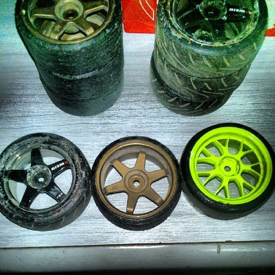 Drift Hard | Compare. Progression since I started. Hpiracing Hpi Drifthard Tyres rcdrift rcrace remotecontrolracing remotecontroldrifting nismo