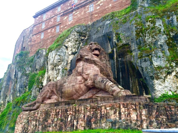 Taking Photos Historical Sights Belfort Bartholdi Lion Mycity France Franchecomte