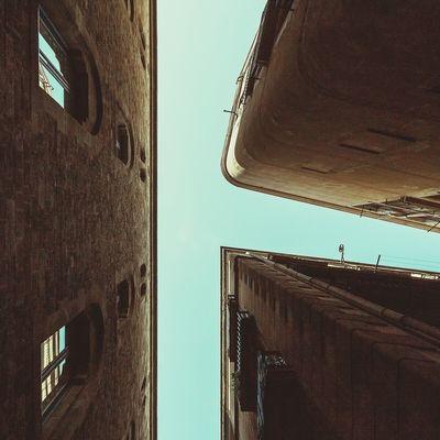 Give way kindly | Dar paso amablemente Taking Photos Enjoying Life Exploring Urban Exploring