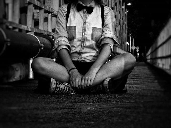 """Don't lose who you are, in the blur of the stars Seeing is deceiving, dreaming is believing It's okay not to be okay Sometimes it's hard To follow your heart"" Jessie J♡ Para não perder o costume♡ Photography Photo Vscophotograpy Vscocam Vscocom Blackandwhite Vscoinstagram Instagram Girls Pontedeferro UMarDeTalentos Ilhadasfotos Vscofotografia_ Vscofolk Useimeusolhosmagicos Photo LovePhoto Vscoindie Folk Artofvisuals ✌👌"