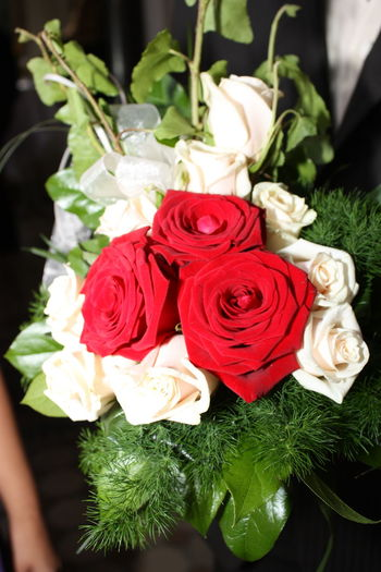 Flower Flowers Roses Are Red Wedding Day Wedding Flowers Wedding Photography Wedding Rose Weddings Around The World