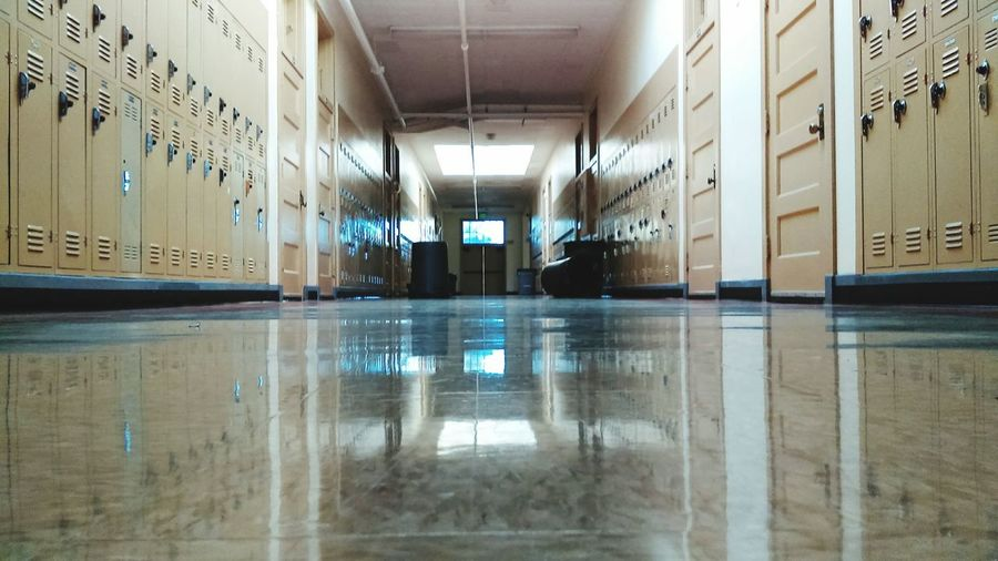 Emptyschool Emptyhallway