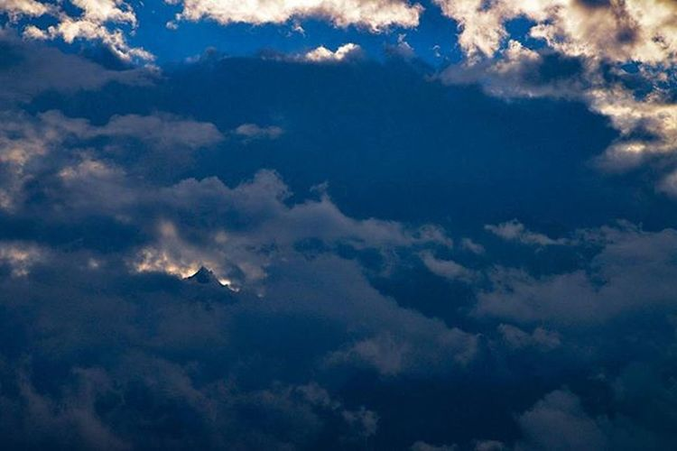 Hidden mountain peak Mystery Mountain Hiddenmountain Clouds Kinnaur Kalpa Kinnerkailash Peak Highaltitude ReckongPeo Himachal Himalayas Nikon Tamron Instagram IGDaily Picoftheday Photography Himachalpradesh Likeforlike Indianhimalayas Like Comment Ankitdogra
