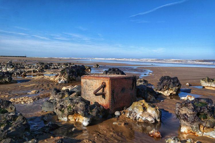 Interesting Sea Beachphotography Rocks And Water Rocks Metal Rusty Metal Rusty Horizon Over Water Sand Water Day