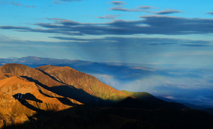 Nikon Day Landscape Landscape_Collection Landscape_photography Mountains Mountains And Sky Nature Nature Nature Photography Nature_collection Negoiu Outdoors Ridge Sunrise_Collection Sunsrise Transylvania Transylvanian Alps Travel Travel Destinations Travel Photography Trekker Trekking