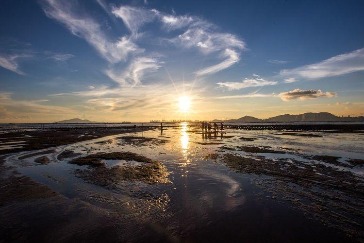 Sky Water Scenics - Nature Sea Beauty In Nature Tranquility Beach Cloud - Sky Nature Sunset Sunlight Sun Outdoors