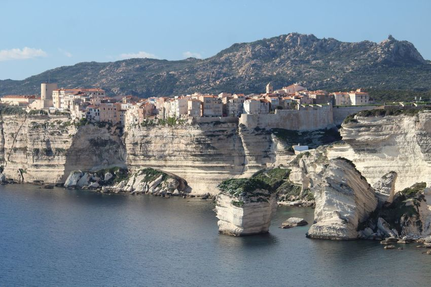 Vieille Ville de Bonifacio perchée sur la falaise / old town of Bonifacio on the cliff Mountain Sea Water Outdoors Day Beauty In Nature Scenics Nature No People Sky Bonifacio Cliffs Cliff Grain De Sable