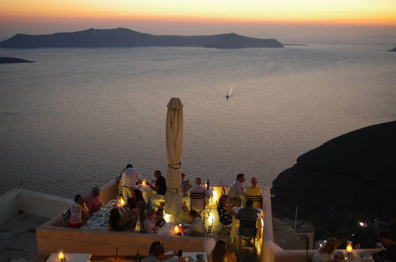 GREECE ♥♥ Griechenland Griechische Inseln Santorini Greece Santorini Island Santorini, Greece Architecture Built Structure Greece High Angle View Illuminated Large Group Of People Leisure Activity Lifestyles Nature Outdoors People Santorini Scenics Sea Sky Statue Sunset Water