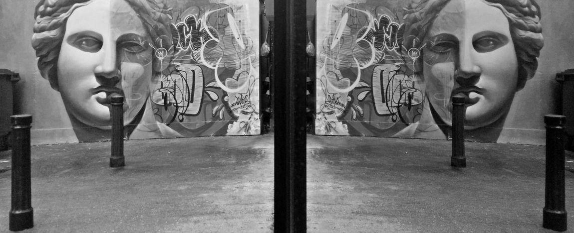 Bricklane Shoreditch Streetphotography Graffiti Graffiti The World Reflection_collection Reflection
