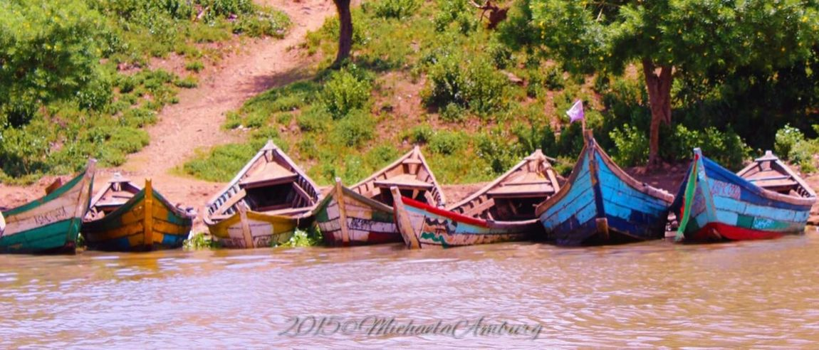 Boats on the shore of Lake Victoria. It is the largest freshwater lake in Africa, 2nd largest in the world! Boat Boats Boating Shore Line Hello World Boats And Water Fishing Boats Fishermanslife Boat On Lake