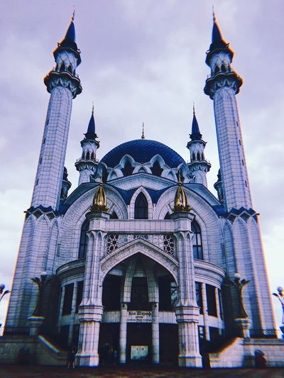 🇷🇺 Cathedral EyeEm Selects Built Structure Architecture Building Exterior Sky Travel Destinations Low Angle View Religion Belief Travel Tourism Spirituality Ornate EyeEmNewHere