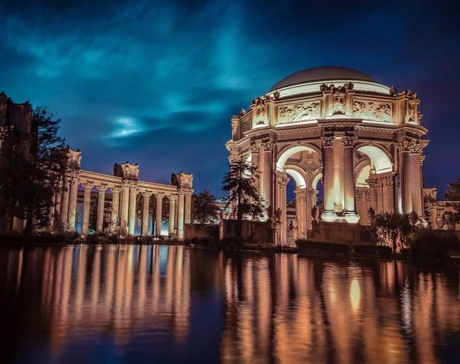 Architecture Built Structure Building Exterior Travel Destinations Cultures Sky Sculpture History City Tree Water Night Statue Illuminated No People Triumphal Arch City Gate