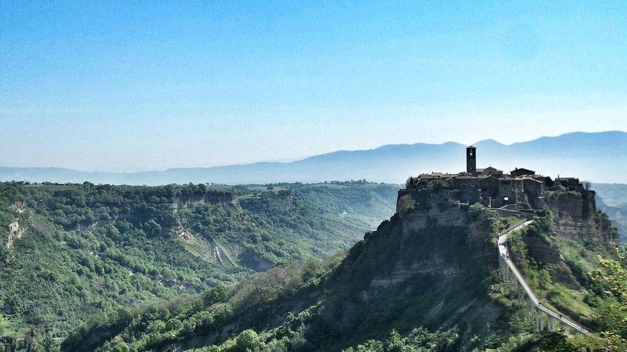 Happy Sunday ! Places I Want To Go Again Beautiful Sight Civita Di Bagnoregio