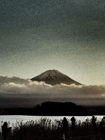 Fuji Mountain Silhouette Mountain Water Tree Snow Galaxy Sky Outline Cloud Sunset Lakeside Countryside Lake Tranquil Scene Calm Idyllic