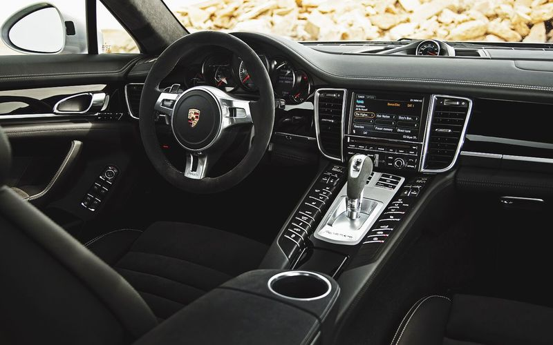 Light Lovely Interior PorschePanarema 2017 LOVE Luxury Black Color