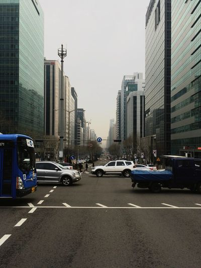 The Places I've Been Today EyeEm In Seoul Urban Landscape Crossing The Street Traffic Open Edit Vanishing Point