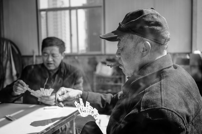 Black And White Blackandwhite Close-up Focus On Foreground Human Hand Indoors  Men Monochrome People Real People Senior Men Sitting Table This Is Masculinity The Portraitist - 2018 EyeEm Awards