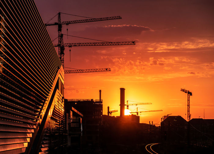 Berlin Photography Warschauerbrücke Friedrichshain Sunset Architecture Sky Orange Color Built Structure Machinery Building Exterior Industry Crane - Construction Machinery Construction Industry Construction Site Cloud - Sky Nature No People Silhouette Development City Outdoors Sun Construction Machinery Construction Equipment A New Beginning 50 Ways Of Seeing: Gratitude