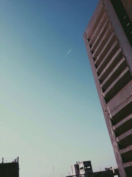 I never get tired of the blue sky - Vincent Van Gogh rRelaxmodeBluesky Plane Vscocam Vintagefilter