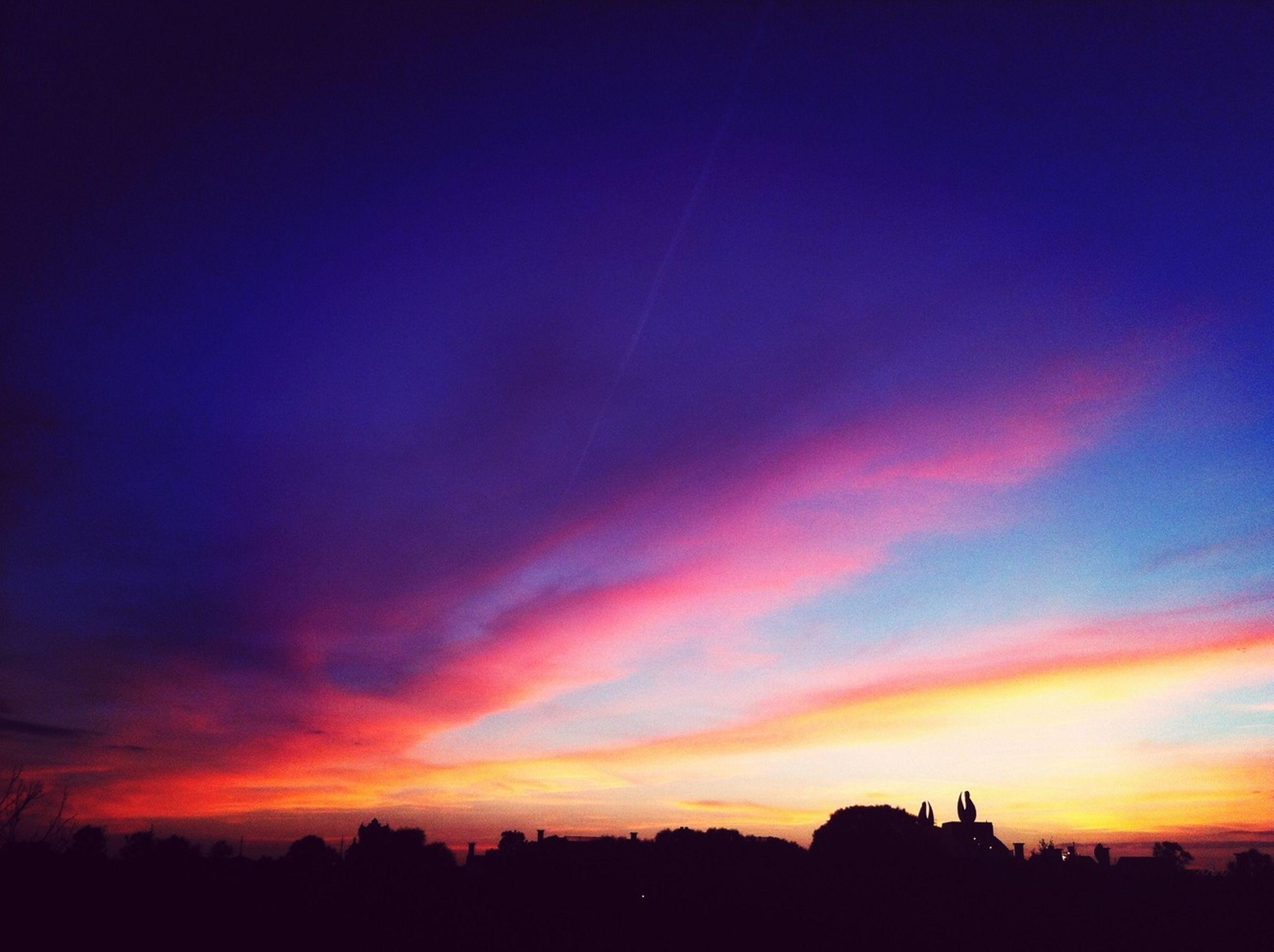 sunset, silhouette, scenics, beauty in nature, sky, tranquil scene, tranquility, orange color, nature, idyllic, dramatic sky, tree, landscape, cloud - sky, dusk, blue, cloud, majestic, dark, outdoors