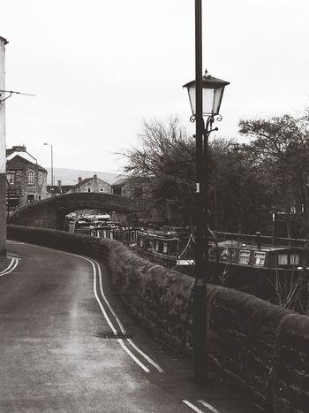 Skipton England Yorkshire United Kingdom Winter Canal Stone Oldfashioned Strolling