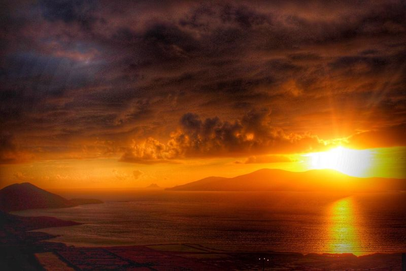 Ireland Sunshine Sea And Sky HDR Colors Sun Coucher De Soleil Irlande Holiday Travel Meetings Remember Wonderful