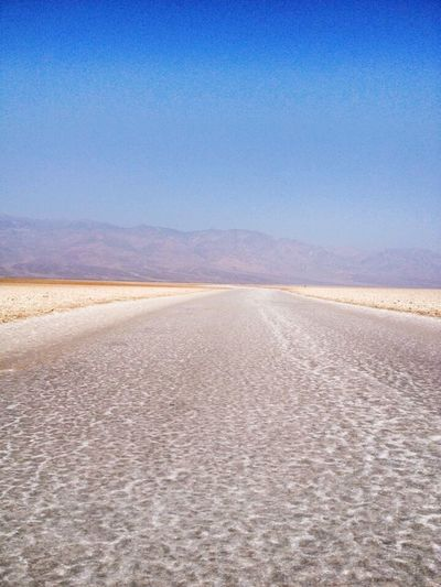 Badwater Death Valley Death Valley, California THE REAL DEATH VALLEY  Heaven Calma Solitudine Nature Paesaggio Desert Nature Photography Calfornia Beautiful Place Hot America Beautiful ♥