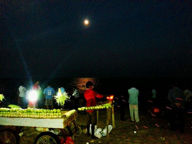 Learn & Shoot: After Dark Corn Stall At Beachside Eyeemphotography EyeEm Gallery EyeEm Nature Lover Moon At Sea Side Moon Light Shadow Moon Lights Up The Night Moon Light Moon Shots Moonbeauty Moon_of_the_day Moon_collection Moonphotography Streetphoto_color Beach Photography Beachlovers Beachside Shops Corn Stall Fire - Natural Phenomenon Fire And Flames Fire From Pass Shopkeeper Foodstagram Food Photography
