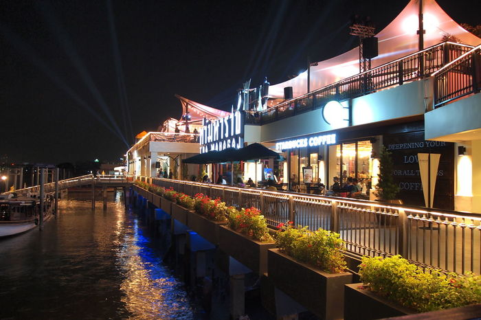 Night View at Tha maharaj in Bangkok,Thailand Shopping Mall Vintage Style Streetphotography Tourism Vintage Shopping Nihgt View Tha Maharaj Bangkok Thailand Chao Phraya River Side Reflections In The Water Illuminated City Nightlife Architecture Sky