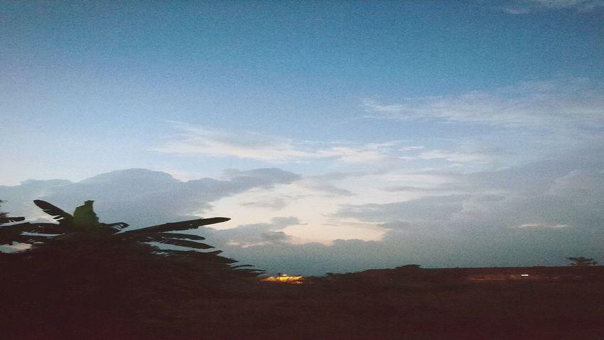 sunset #sun #clouds #skylovers #sky #nature #beautifulinnature #naturalbeauty photography landscape Sun_collection, Sky_collection, Cloudporn, Skyporn Sony Xperia Z5 At Alor Setar Malaysia